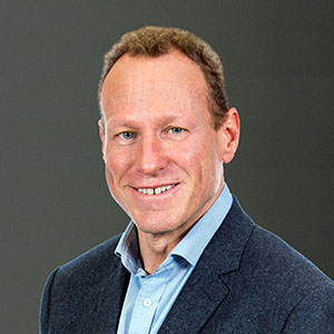 Dr Stewart Washer